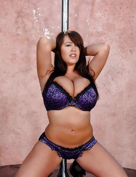 Striptease Boobs