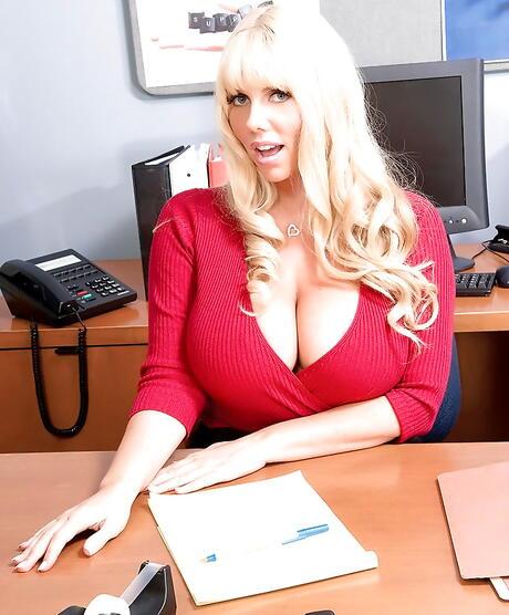 Secretary Boobs