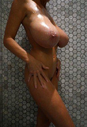 Nude Girls Boobs