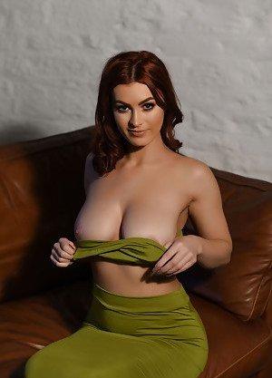 Stripping Boobs